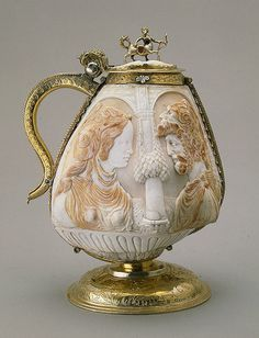 Cup made of two Mussel Shells Germany (Neuremberg), late 16th century The Hermitage Museum