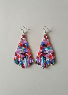 Fringe Earrings, Bead Earrings, Bohemian Summer, Craft Accessories, Minerals And Gemstones, Bead Weaving, Beaded Jewelry, Beads, Wearable Art