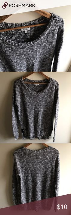 Long Sweater from Mudd This listing is for a gray sweater from Mudd! It is a little longer in length in the back, which makes it a perfect sweater to wear with leggings. In great condition! Mudd Sweaters Crew & Scoop Necks