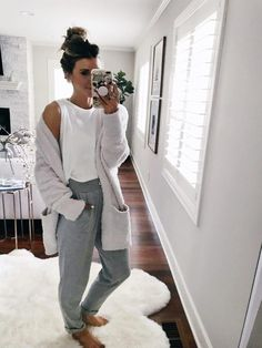 Hipster Outfits – Page 1197980110 – Lady Dress Designs Cute Lazy Outfits, Chill Outfits, Stylish Outfits, Fashion Outfits, Cute Lounge Outfits, Cozy Fashion, Casual Comfy Outfits, Lazy Winter Outfits, Yoga Outfits