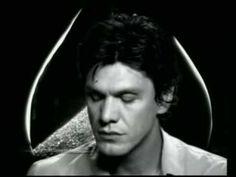 Marc Lavoine - Le Pont Mirabeau (Guillaume Apollinaire)