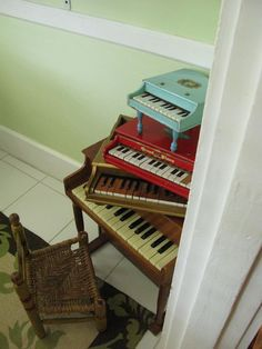 mini pianos