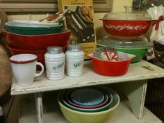 we have the pepper shaker and the mixing bowls set! :)