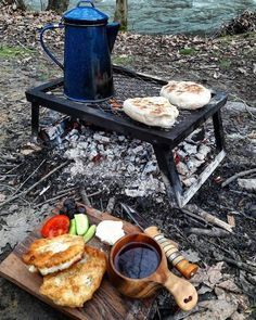 Would you like to go camping? If you would, you may be interested in turning your next camping adventure into a camping vacation. Camping vacations are fun Kayak Camping, Camping Survival, Camping Meals, Family Camping, Camping Hacks, Backpacking Gear, Camping Friends, Camping Checklist, Beach Camping
