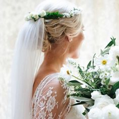 Nothing looks more romantic than a flower crown veil.