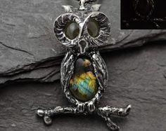 Owl Labradorite Pendant,Owl necklace,Glow Cat pendant,Crystal necklace,Metalwork jewelry,Glow int the Dark,ooak art pendant,Glow eyes,peager