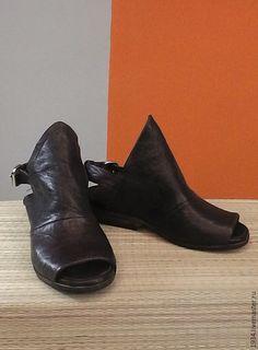 Обувь ручной работы. Ярмарка Мастеров - ручная работа. Купить женские  босоножки OLD TOY. cda37856f5a