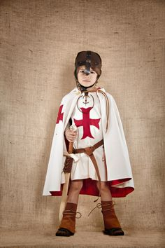The complete Knight Templar Costume for kids by SevenAndOneLeagues on Etsy https://www.etsy.com/listing/245904895/the-complete-knight-templar-costume-for