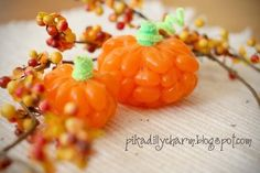 50 Different Pumpkin Crafts for Fall {minus the real pumpkins} - Saturday Inspiration and Ideas - bystephanielynn Halloween Crafts, Holidays Halloween, Halloween Party, Halloween Decorations, Halloween Tricks, Halloween Ideas, Diy Pumpkin, Pumpkin Crafts, Pumpkin Jelly