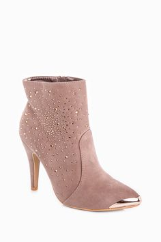 Ankle Boots with Gold Glitter  http://jessyss.com/shoes/ankle-boots/ankle-boots-with-gold-glitter.html?barva=