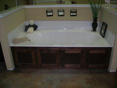 Types of Tub Surrounds | eHow.com