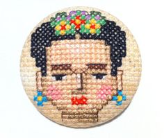 Broche Frida Kahlo - Punto de Cruz - Único - Hecho a mano