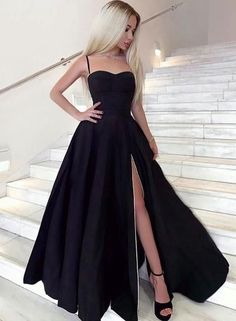 Black sweetheart neck long prom dress, black evening dress, Shop plus-sized prom dresses for curvy figures and plus-size party dresses. Ball gowns for prom in plus sizes and short plus-sized prom dresses for Prom Dress Black, Black Evening Dresses, Sexy Dresses, Elegant Dresses, Summer Dresses, Black Fancy Dress, Black Prom Heels, Long Black Dresses, Evening Gowns