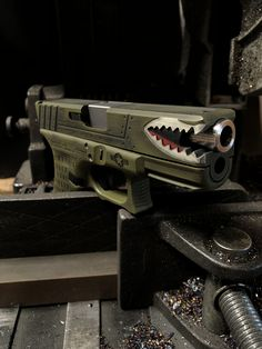 WarHog in BattleWorn Raptor Green and color match frame Custom Glock 19, Custom Guns, Weapons Guns, Guns And Ammo, Pistol Annies, Gun Art, Shooting Guns, Gun Storage, Cool Guns