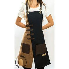 Artisanats Denim, Barber Apron, Black Apron, Leather Apron, Aprons For Men, Cool Aprons, Sewing Aprons, Apron Designs, Apron Dress