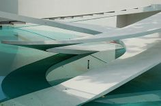 London Zoo Penguin Pool by Berthold Lubetkin, 1934 Minimalist Architecture, Space Architecture, Architecture Details, Penguin Pools, Sound Installation, Large Artwork, Commercial Architecture, Animal Shelter, Home Interior Design