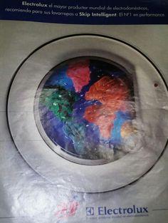 De esta publicidad me acuerdo. Me encantan los colores de la ropa en el lavarropa. #publicidad #skip #ropa #limpieza #lavado #colores #manchas #electrolux #skipintelligent #electrodomestico