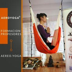 formacion profesores yoga aereo www.formacionprofesoresyogaaereo.com #aeroyoga #yogaaereo #aeropilates #pilatesaereo #yogaswing #gravity #columpio #formacionprofesores #wellness #salud #bienestar #ejercico #tendencias #belleza #fitness #gym