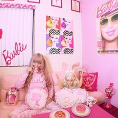 #barbie #azusabarbie #barbiedreamhouse #pink #pinkbreakfast #pinkdonuts