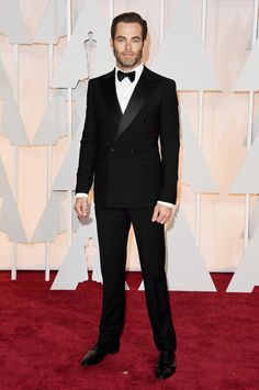Chris Pine on the red carpet at the 87th Academy Awards.