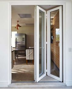 French Doors Patio, Patio Doors, Glass Garage Door, Glass Door, House Doors, Facade House, Sliding Window Design, Small Balcony Decor, Aluminium Doors