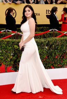 Ariel Winter - Ariel Winter Photos - Variety's Power of Young Hollywood - Arrivals - Zimbio Ariel Winter Hot, Arial Winter, Sag Awards, White Gowns, Beautiful Celebrities, Girl Photography, A Boutique, Girl Outfits, Sexy Women