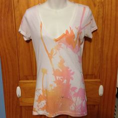 #AMERICAN EAGLE   V-neck Women's T-Shirt Size XL #TRENDY #fashion EUC #AmericanEagleOutfitters #GraphicTee