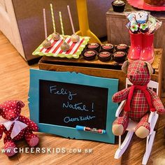 Como decorar mesa de Natal e Ano Novo? Surpreenda seus convidados! Cantinho para crianças