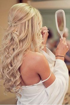 21 Hottest Bridesmaids Hairstyles For Short And Long Hair ❤ See more: http://www.weddingforward.com/hottest-bridesmaids-hairstyles-ideas/