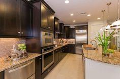 Stunning Dark Cabinet Kitchen Ideas