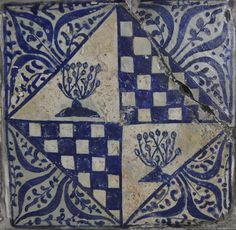 tile, 15th century Valencia Inventario: FC.1994.02.136