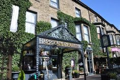 North Yorkshire Stay & Prosecco @ The Harrogate Brasserie Hotel deal in Accommodation Retreat to North Yorkshire for a one or two-night stay for two.  Includes a bottle of Prosecco!  Or upgrade to a three-bed apartment for up to five people.  Plus tuck into a delicious full English breakfast each morning.  Check in 2pm, Check Out 11am.   A quirky boutique hotel located in popular Harrogate. ...