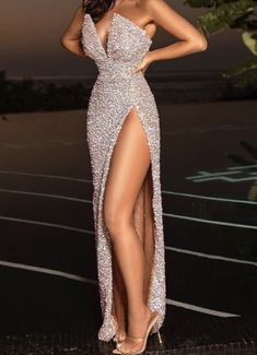 Pretty Prom Dresses, Glam Dresses, Party Wear Dresses, Elegant Dresses, Beautiful Dresses, Party Dress, Fashion Dresses, Formal Dresses, Maxi Dresses