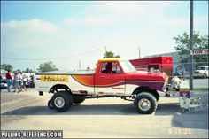 Truck And Tractor Pull, Tractor Pulling, Truck Pulls, Tractors, Badass, Antique Cars, Monster Trucks, Vehicles, Vintage Cars