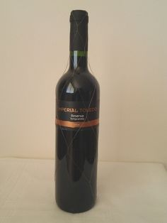 Bodegas Verdaguez Imperial Toldeo Reserva Tempranillo 2004  Spicy, cherry, and herbal - intense and flavoursome balanced and intense with excellent tannin character. This was a good wine which had benefited from cellaring.