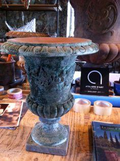 French-terra-cotta-urn.jpg