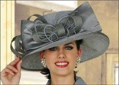 Women fashion Over 50 Outfits - Women fashion For Work Boots - Women fashion Pants Trousers - Women fashion For Work Offices Simple - Women fashion Videos Trends 2018 - Glamour, Top Hats For Women, Fascinator Hats, Fascinators, Millinery Hats, Headpieces, Derby Outfits, Kentucky Derby Outfit, Church Hats