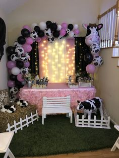 1st Birthday Girl Decorations, 2nd Birthday Party For Girl, Cowgirl Birthday, Girl Birthday Themes, Farm Birthday, Birthday Ideas, Barnyard Party, Farm Party, Cow Baby Showers