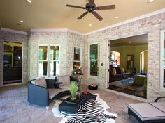 Ranch House Plan Outdoor Living Photo 01 055S-0036  from houseplansandmore.com
