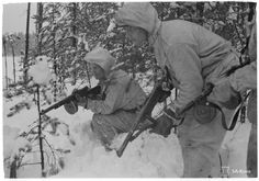"""Finnish long-range jäger, elite forces of the Finnish army at the time. Their missions were usually """"violent reconnassaince"""", sabotage operations and surprise attcks carried out swiftly and efficiently. Ww2 Pictures, Ww2 Photos, Night Shadow, Lapland Finland, Soviet Army, Red Army, Military History, World War Two, Warfare"""