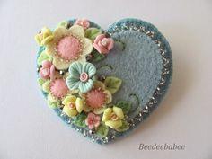 *FELT ART ~ blue pastel heart pin