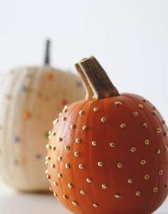 DIY Halloween Decor: Gold polka dot (pin) pumpkins