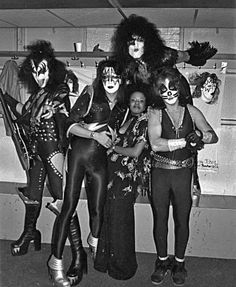 Kiss Group, Kiss Images, Peter Criss, Kiss Photo, Paul Stanley, Kiss Band, Metal Albums, Ace Frehley, Hot Band