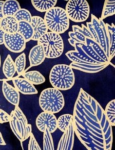 luli sanchez folk art flowers - paint background, foam plate prints - create 4 each child ( leaf, flower , side flower view and circle with dots) print with lighter blue then background. cut out and collage. Motifs Textiles, Textile Patterns, Print Patterns, Pattern Art, Pattern Design, Batik Pattern, Pattern Painting, Watercolor Pattern, Stoff Design