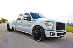 F-350 Crew Cab Slammed, this will work well at my new home in Green Cove Springs, FL.!!!!!