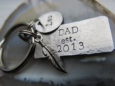 Personalized Dad Keychain Feather Charm Keyring Fathers Day Gift Mothers Day Gift Gift For Him First Time Dad Gift First Time Dad Gifts, New Daddy Gifts, Personalized Fathers Day Gifts, Fathers Day Presents, Gifts For New Dads, Gifts For Father, Mother Gifts, Great Graduation Gifts, Diy Gifts For Him