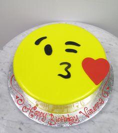 Emoji Kiss Cake