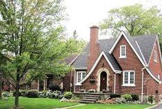 Free photo: Red Brick House, Design - Free Image on Pixabay - 788828 Types Of Bricks, Red Bricks, Tudor House, English Tudor Homes, Ontario City, Tudor Style Homes, Front Door Colors, Stone Houses, House Front