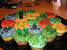 Settlers of Catan cupcakes. I need to do this.