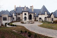 I can see me my husband our big puppy and future children living in this beautiful mansion! Wow #mansions